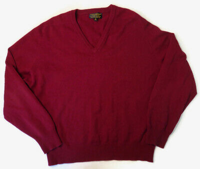Brooks Brothers Mens Sz 44 XL England Lambs Wool V-Neck Sweater Red