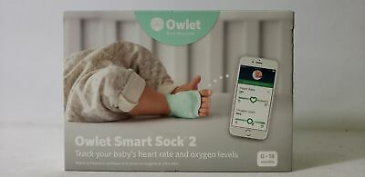 Owlet Smart Sock 2 Baby Oxygen Level and Heart Rate Monitor Green / White
