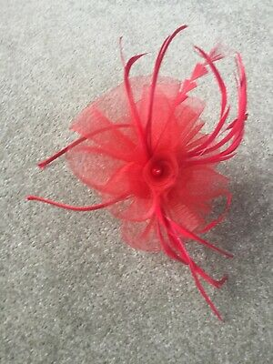 NEW Red Wedding Fascinator Headband Aliceband Ladies Day Races Royal Ascot
