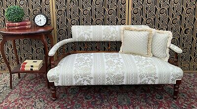Stunning Antique Walnut Sofa Settee Lounge Beautifully Upholstered & Pillows