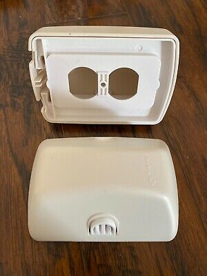 Safety 1st Outlet Cover w/ Cord Shortener 2007 Lot of 2 Model #48308