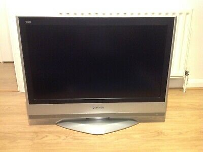 Panasonic 32 nch LCD TV