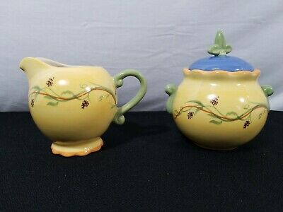 Pfaltzgraff Pistoulet  Sugar Bowl with Lid and Creamer
