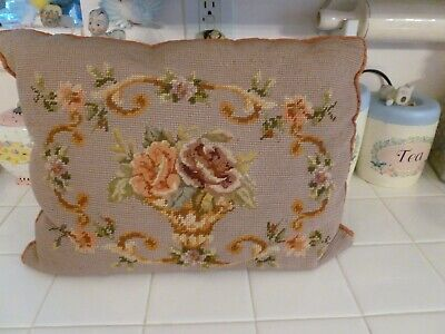 Beautiful Vintage Needlepoint Decorator Throw Pillow With Floral Design