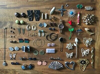 Lot of Vintage Modern Fossil Brand Jewelry Fossil Watch Pins Earrings Ring Charm