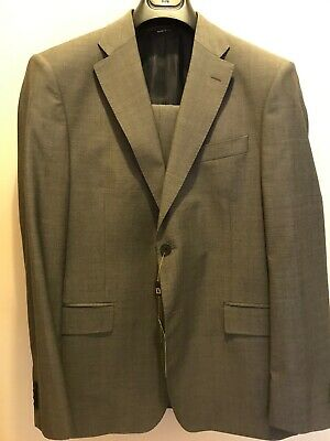 Luciano Barbera Gray Suit US 42 EU 52 for someone with skinny legs!