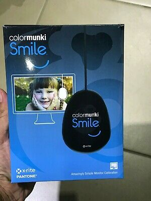 X-Rite Colormunki Smile Monitor Calibration System (CMUNSML)