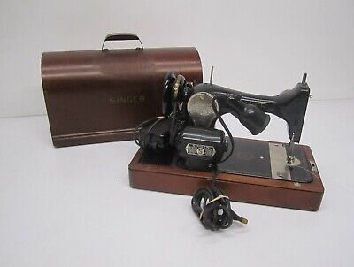Vtg 1940s Singer Model 128 Sewing Machine St Johns & Bentwood Case JC048448