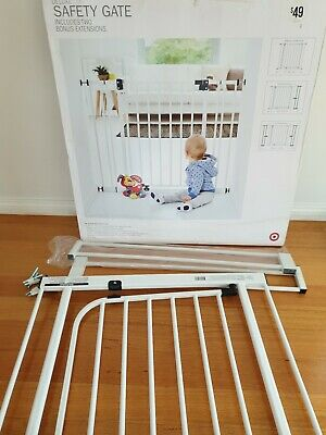 TARGET - Deluxe SAFETY / BABY GATE in Box. Complete. Fits Openings 73 - 102cm