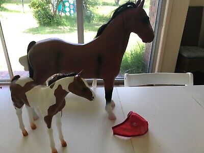 Our Generation Thoroughbred Dolls Horse And Foal