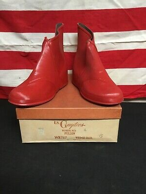 Vintage 1940s Womans Galoshes, Gaytees Shoes Old Store Stock COOP.