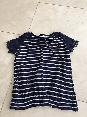 Girls Navy & White Lace Sleeved Top 6-8 Yrs Vgc