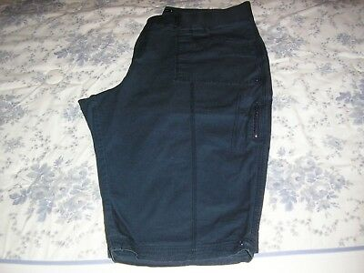 Lee Navy Blue Just Below The Waist Relaxed Fit Stretch Capri Pants Size 24W Med
