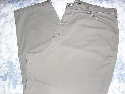 Lee At The Waist Light Brown Relaxed Fit Pants Jeans  22W Medium