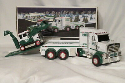 2013 HESS TOY TRUCK AND TRACTOR - MINT IN BOX From a Adult Collection