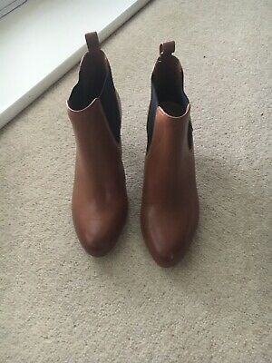 Clarks Womens Leather Boots, Size UK 4, New. RRP £60