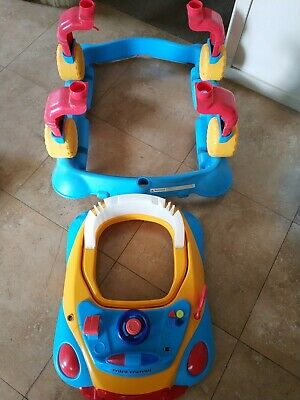 Walker for toddler car shape in good condition