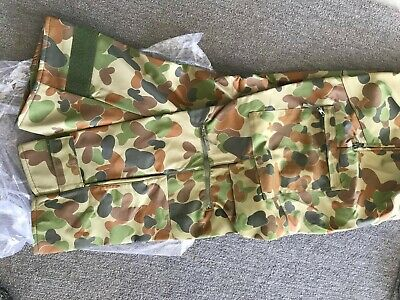 Australian Army Cold Weather Pants - Unissued -winter perfect for motor bike Lar