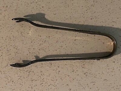 Antique STERLING SILVER  SUGAR TONGS Pattern 1905 23g (2G)