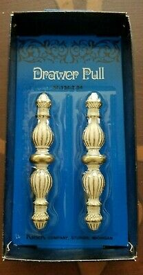 Vintage pair of Kirsch Drawer Pulls BF-134-2-54  Never opened!