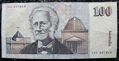$100 AUSTRALIAN PAPER NOTE. Very good condition