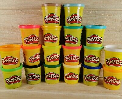 PLAY-DOH Tubs, Pack of 18 Rainbow Assortment Colours (18 x 84g) New