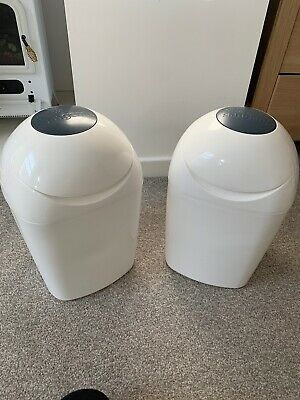 2 Tommee Tippee Sangenic Tec Nappy Disposal System