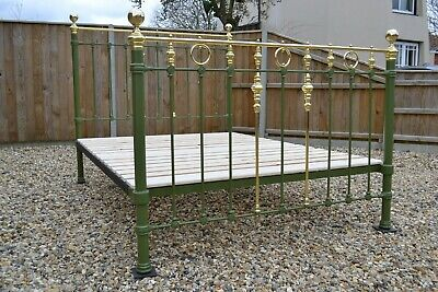 Stunning Antique Victorian Brass and Iron King Size 5ft Bedstead & new bed base