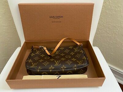 Authentic Louis Vuitton Monogram Pochette Accessoires Pouch Pochette+LV Gift box