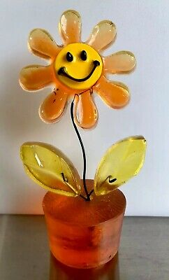 Vintage Retro Crystal Craft Resin Smiley Faced Potted Daisy Flower Made In Aust.