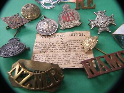 *Australian & World Military Badges, Medals, Pins Estate Collection