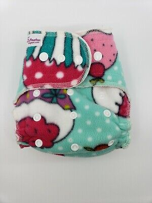 One size - All in one, fleece cloth diaper - Cupcake