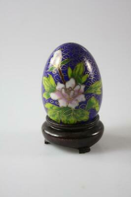VINTAGE CHINESE BLUE CLOISONNE FLORAL EGG with WOODEN STAND