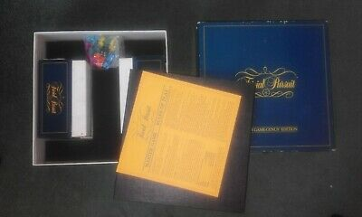 Hasbro Trivial Pursuit Classic Board Game 80s edition