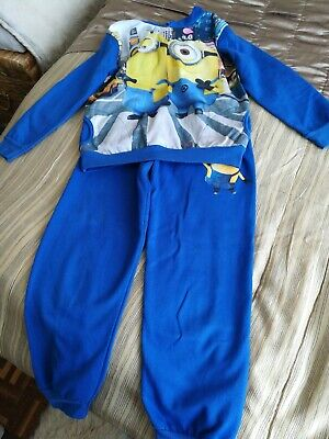 Boys/girls Minions Tracksuit Age 9/10yrs