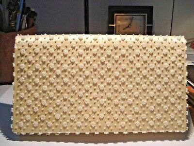 VINTAGE 1960s  CLUTCH PURSE/BAG WITH SEED PEARLS