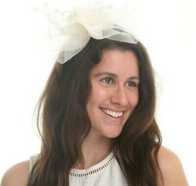New Ladies Outdoor Occasion Wedding/Races Fascinator Style F3440 Ivory