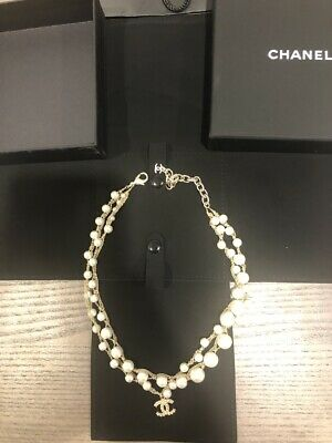Authentic Classic Chanel CC Logo Crystal Gold Tone Brass Pearl Necklace Choker