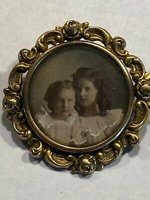 VTG VICTORIAN PICTURE FRAME FLORAL Gold Plate Gold Fill Broach Lapel Pin Antique
