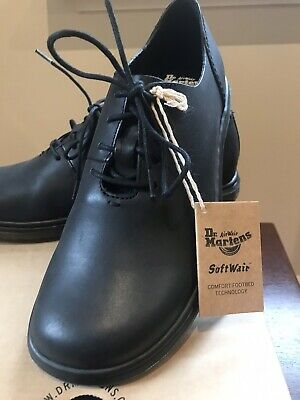 Dr Doc Martens Lorrie Shoes size UK 6/ EU 39  Black New in Box  Free Delivery AU