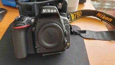 NIKON D750 body/ only 4919 SHOTS ONLY!