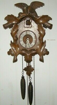 Antique American Cuckoo Clock Coompany 30 hr complete Clock, runs and chimes
