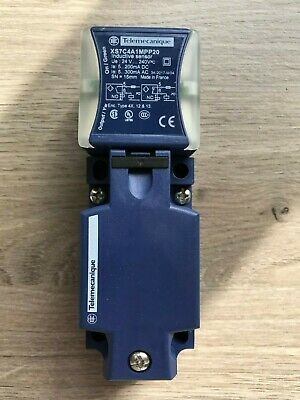 Telemecanique XS7C4A1MPP20  inductive proximity switch