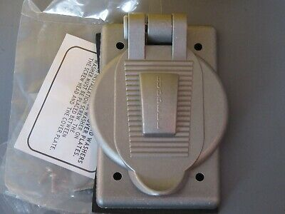 HUBBELL HBL9420 WEATHERPROOF OUTLET COVER 30A & 50A HBL9420 New Surplus