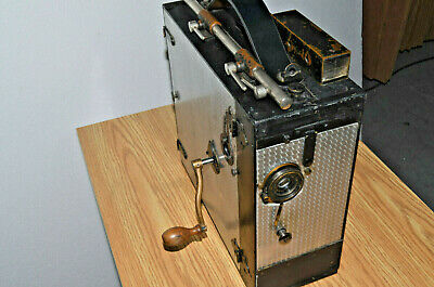 Universal 35mm Motion Picture Camera Hand Cranked Lens, Circa 1915