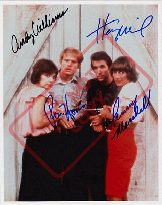 LAVERNE AND SHIRLEY CAST REPRINT 8X10 PHOTO AUTOGRAPHED SIGNED PENNY MARSHALL RP