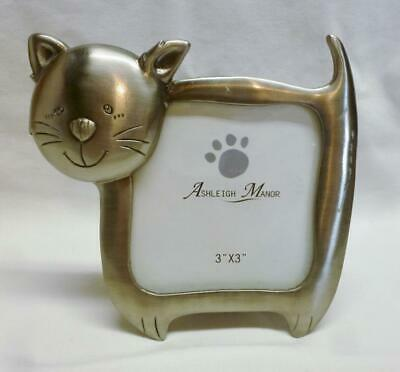 "Cute Cat Shaped Metal Photo Frame With 3"" X  3"" Opening."