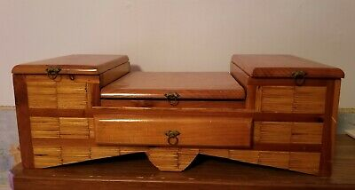 Large vintage decorative jewelry box/treasure box/stash box inlaid wood