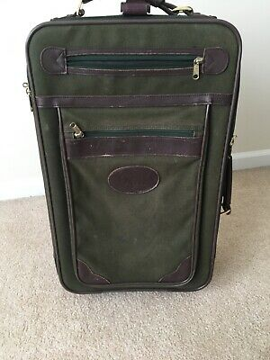 Orvis Battenkill canvas rolling bag carry on suitcase