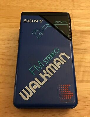 Vintage Sony Walkman Blue SRF-20W w/ Belt Clip (Read Below)